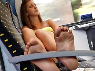 Incredibly Sexy 18yo Teen Soles Feet on Train