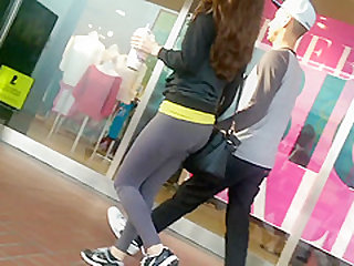teen in yoga pants